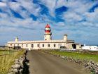 Maják na severu ostrova Ponta do Albernaz
