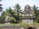 U chrámu